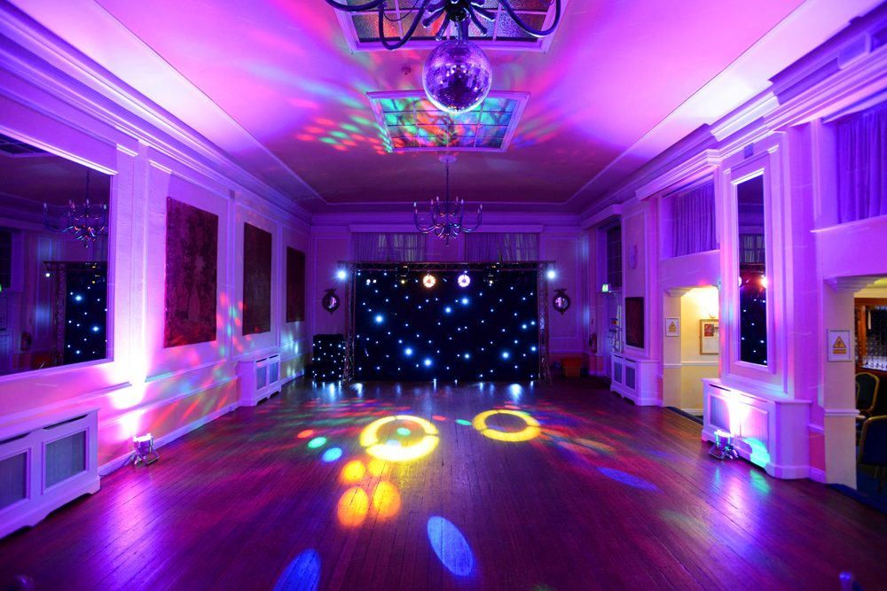 Hemswell_Court_Party